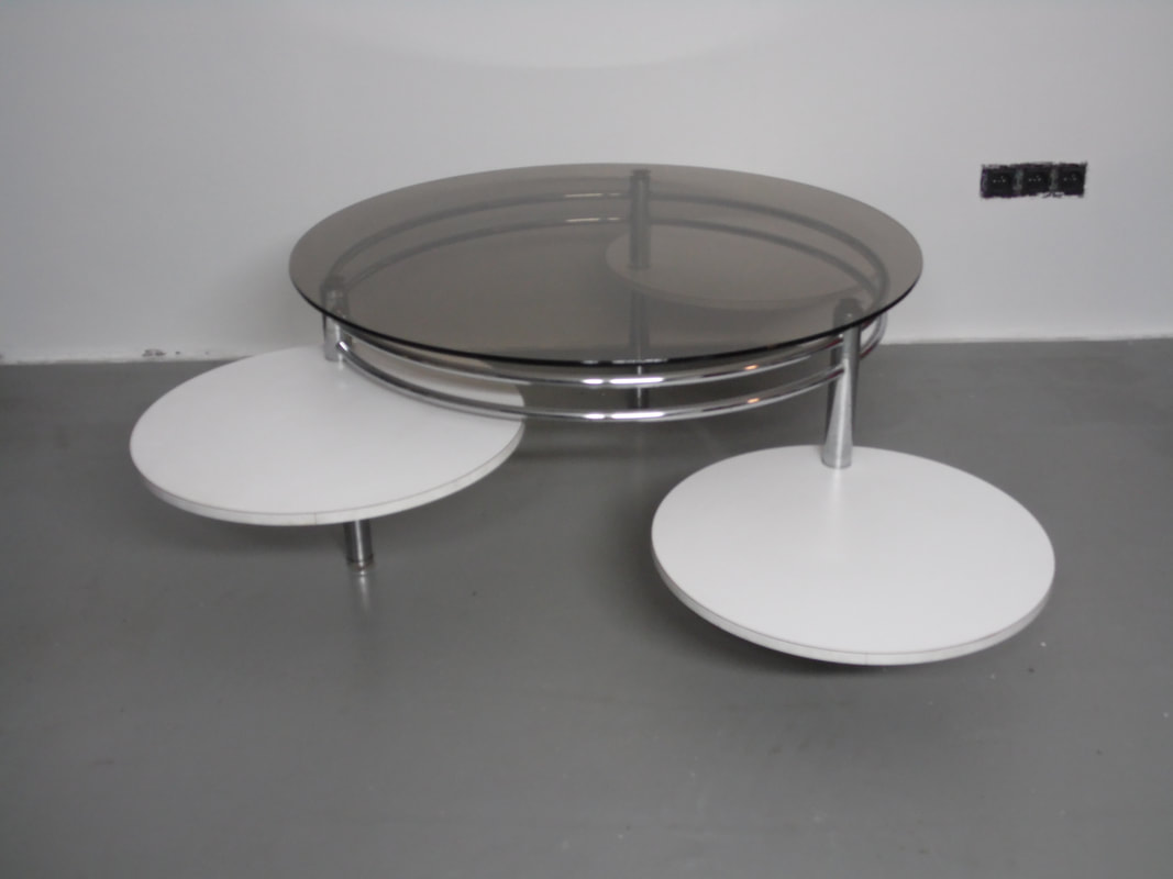 Plexiglas fum great consoles poliedrica s r l arredamento for Chaise 90 cm